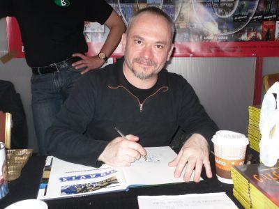 Christophe Quet signierte bei Bunte Dimensionen