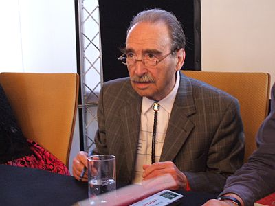 Hansrudi Wäscher, 2009 beim Signieren in München